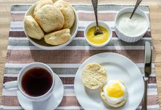 Scones with lemon curd Royalty Free Stock Photo