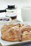 Scones zum Frühstück Lizenzfreies Stockbild
