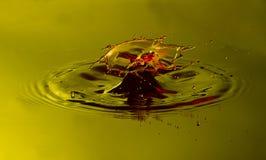 Scontro di goccia dell'acqua Fotografia Stock