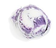 Scoop de crème glacée de myrtille, vue supérieure Image stock