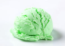 Scoop of green ice-cream Royalty Free Stock Photo