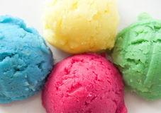 Scoops assaisonnés de crème glacée  Photo libre de droits