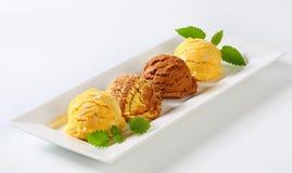 Scoops de crème glacée  Image stock