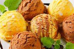 Scoops de crème glacée  Photo stock