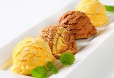 Scoops de crème glacée  Image libre de droits