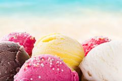 Scoops de crème glacée  Photos stock