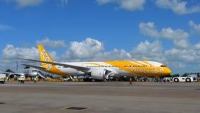 Scoot Boeing 787 Dreamliner op vertoning in Singapore Airshow Royalty-vrije Stock Afbeeldingen