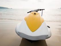 Scooter de l'eau sur la plage Images libres de droits