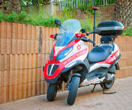 Scooter de médecin Piaggio MP3 en Israël Images stock