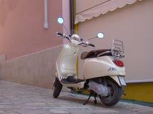 Scooter de Vespa images libres de droits