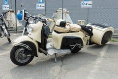 Scootersr 59 Berlijn met de aanhangwagen van IWL-Stoye Campi Stock Fotografie