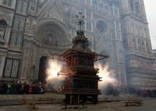 SCOPPIO DEL CARRO IN PIAZZA DUOMO A FIRENZE. The explosion of the cart is a folklore event that takes place on Easter Sunday in Florence. The brindellone, a Stock Photo