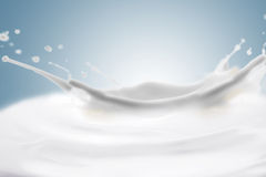 Scoppio del latte Immagini Stock