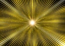 Scoppio dorato astratto della stella nello spazio cosmico fotografia stock libera da diritti