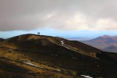 Scoriakottar nära den Tolbachinskiy vulkan. Arkivbilder