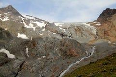 Scorra dal ghiacciaio, le alpi di Otztal, Austria Fotografie Stock Libere da Diritti