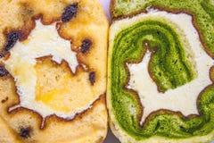 Scorrevole del dolce del tè verde e del dolce dell'uva passa Immagini Stock Libere da Diritti