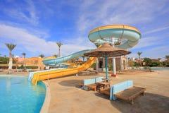 Scorrevoli di Aquapark, parco dell'acqua Fotografie Stock