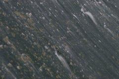 Scorrimenti dell'acqua sopra la diga Immagine Stock Libera da Diritti