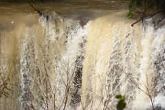 Scorrimento dell'acqua di Brown Fotografia Stock Libera da Diritti