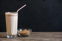 Scossa della proteina del cioccolato fotografia stock