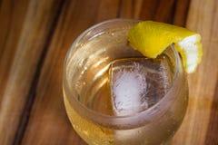 Scoth und Soda mit einer Torsion Lizenzfreie Stockbilder