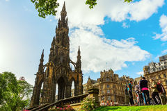 Scott Monument in Edinburgh, het UK stock foto