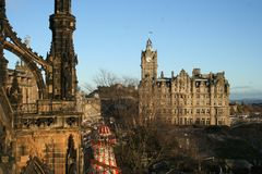 Scott's Monument & Balmoral Edinburgh Stock Photography