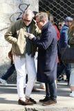 Scott Schuman en squarzi van de de manierweek van Milaan, Milaan van Alessandro de de herfstwinter van 2015 2016 streetstyle Royalty-vrije Stock Afbeeldingen