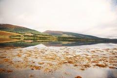 scottish отражения гор стоковые изображения