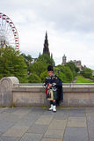 Scottish pipe music in Edinburgh Stock Photo
