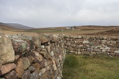 Scottish stone wall in rural ambiance Royalty Free Stock Photos