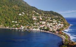 Scotts在多米尼加,加勒比岛朝向渔村 免版税库存照片