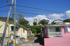Scotts Hoofd visserijdorp in Dominica stock foto