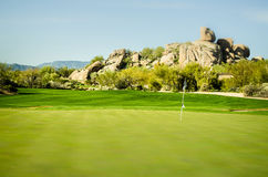 Scottsdale, Аризона, поле для гольфа ландшафта стоковые фотографии rf
