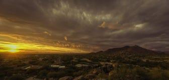 Scottsdale, visto maestoso sereno del deserto di Cavecreek Immagini Stock Libere da Diritti