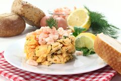 Scrambled egg with shrimp Royalty Free Stock Photos
