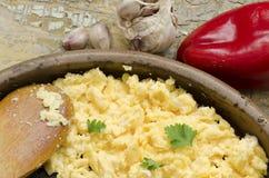 Scrambled eggs and garlic Royalty Free Stock Photos