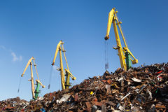 Scrap metal loading Royalty Free Stock Images