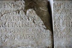 Scritto in pietra, Roma, Italia. fotografia stock