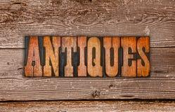 Scritto tipografico del segno degli oggetti d'antiquariato Immagine Stock Libera da Diritti