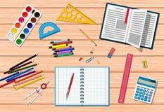 Scrittorio di legno degli studenti royalty illustrazione gratis