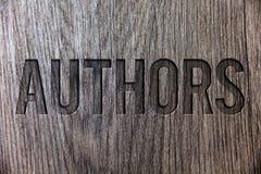 Scrittura concettuale della mano che mostra gli autori Foto di affari che montra il compositore Creator W di Poet Biographer Play immagini stock libere da diritti