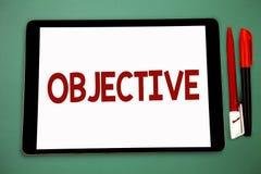 Scrittura concettuale della mano che mostra obiettivo La foto di affari che montra lo scopo ha progettato di essere raggiunta ha  immagine stock