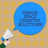 Scrittura concettuale della mano che mostra a spazio di progettazione le soluzioni creative Invenzioni innovarici Hu di idee di c immagine stock