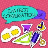Scrittura della nota che mostra conversazione di Chatbot Foto di affari che montra chiacchierata con artificiale di aiuto virtual illustrazione vettoriale
