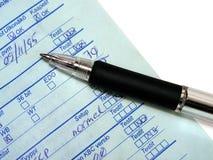 Scrittura: tabulati del calcolatore di riempimento Fotografia Stock Libera da Diritti