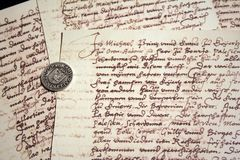 Scritture e guarnizione antiche Immagine Stock