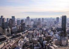 Scruti il Giappone Architettura del Giappone vista della città dal tetto di un grattacielo Fotografia Stock