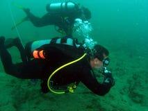 scuba degli operatori subacquei Fotografia Stock Libera da Diritti